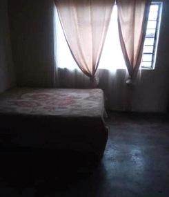 40. Ngomane bed 1