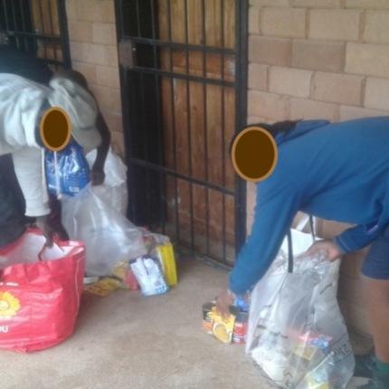 7a.Jan food parcels blur